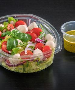Salat med mozarella og tomat