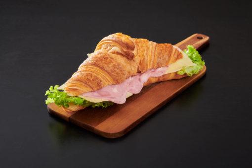 croissant ost og skinke